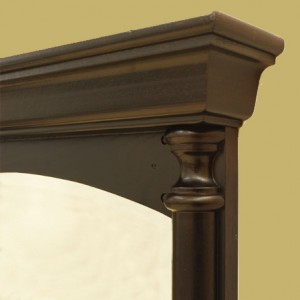 Miroir-Mirror-with-cornice